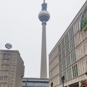 Fernsehturn vista da Alexander Platz