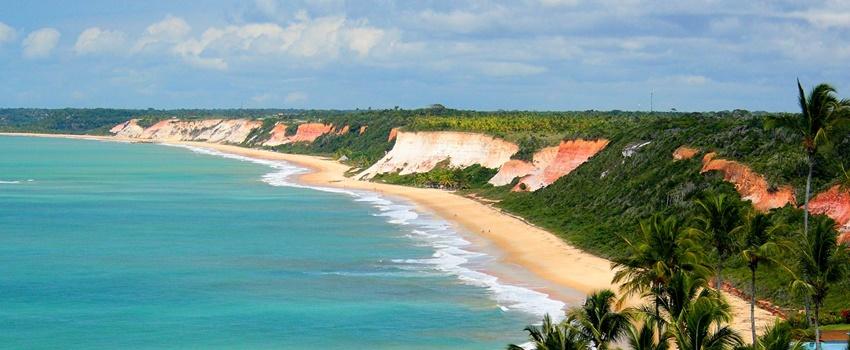 Arraial d Ajuda: onde ficar, praias, bares e vida noturna